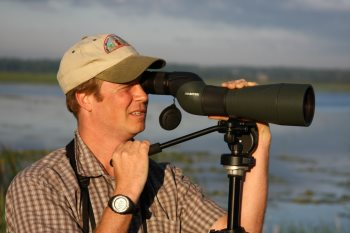 choosing bird watching spotting scopes