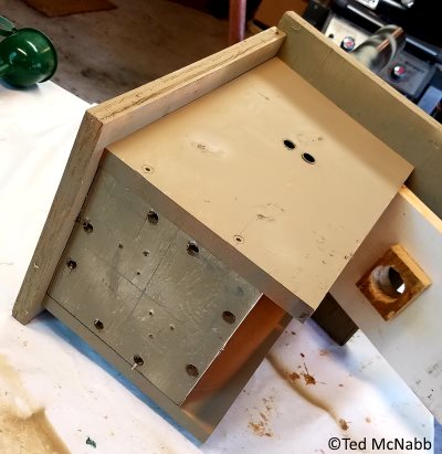 bluebird house plans with venting holes